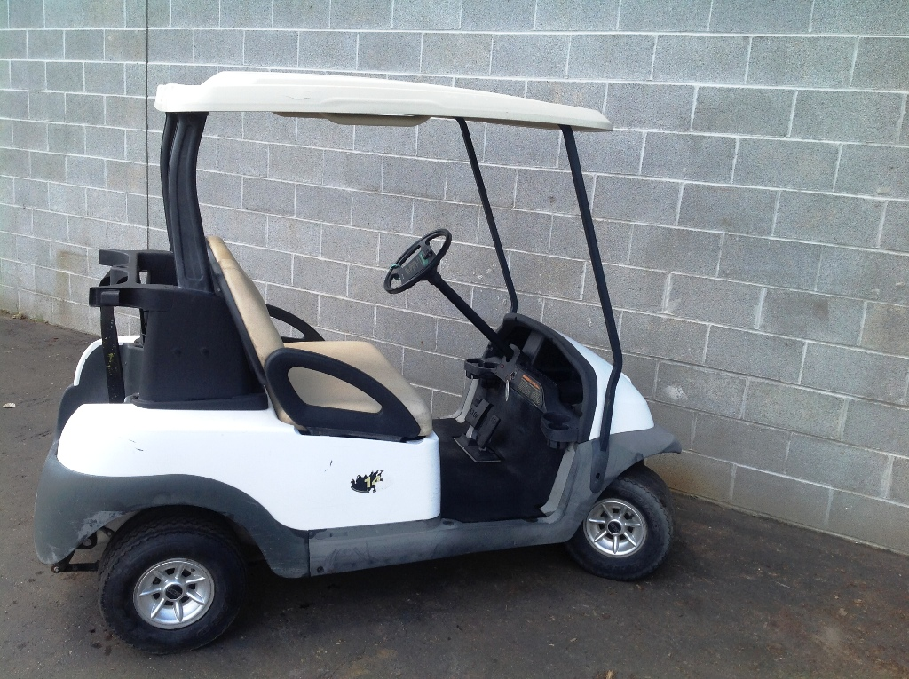 201709ue-43310-club-car-golf-cart-sm-8-jpg