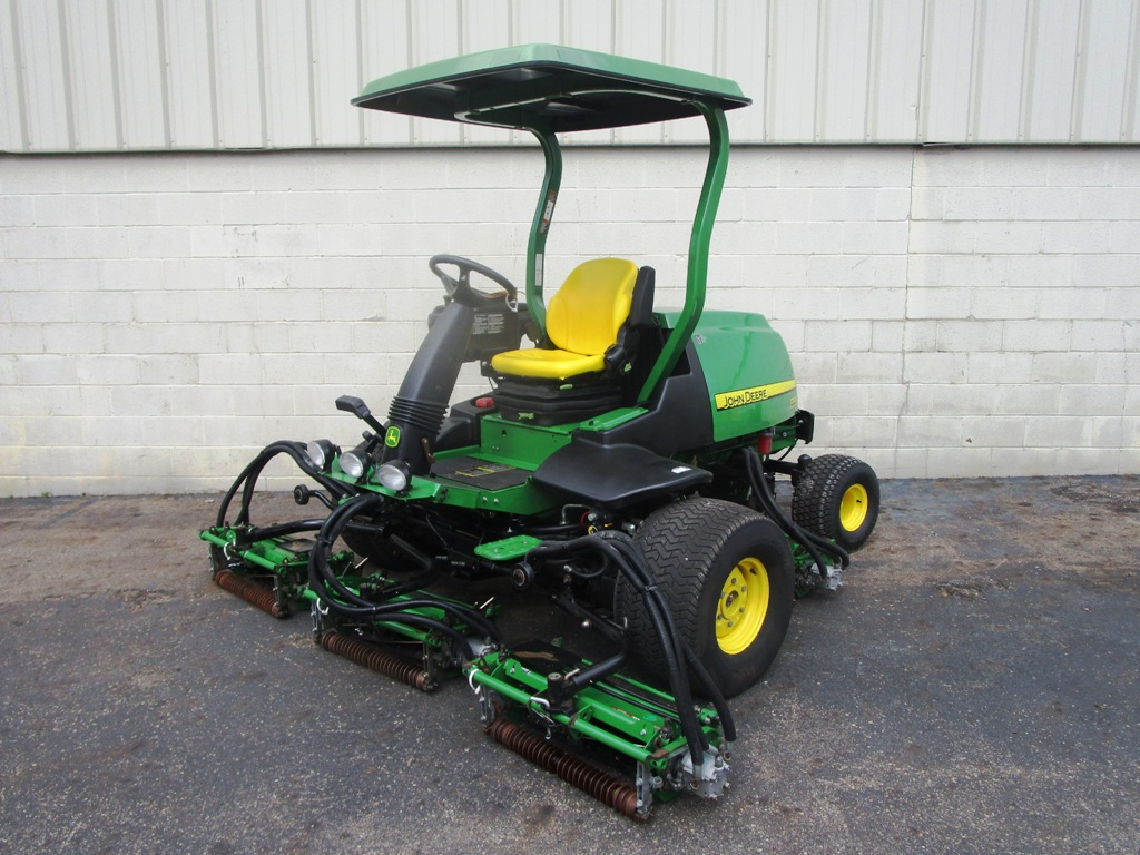 201808up-3363-john-deere-7700-precision-cut-sm-6-jpg