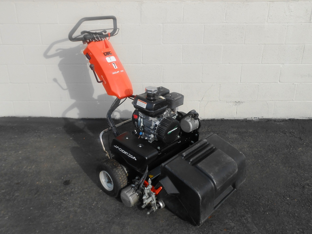 201901up-5350-jacobsen-eclipse2-sm-03-jpg