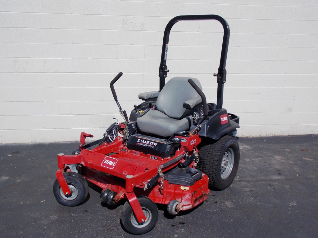 201906co-5253-toro-z-master-commercial-sm-05-jpg
