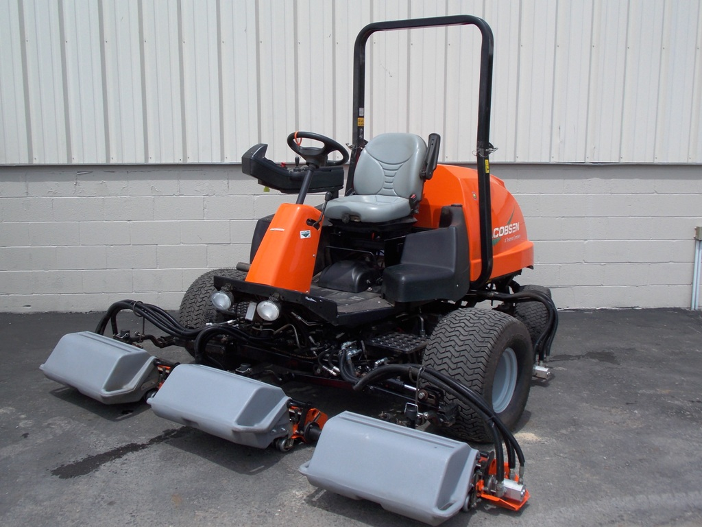201906up-5389-jacobsen-lf550-4wd-sm-03-jpg