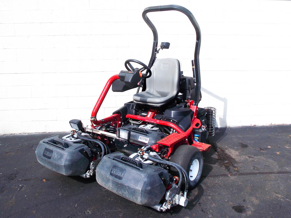 201910co-5494-2013-toro-greensmaster-3300-greens-mower-sm-2-jpg