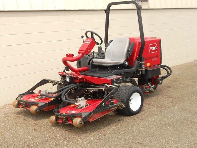 Toro Rotary Mowers : Groundsmaster cutter equipment company leaders in pre