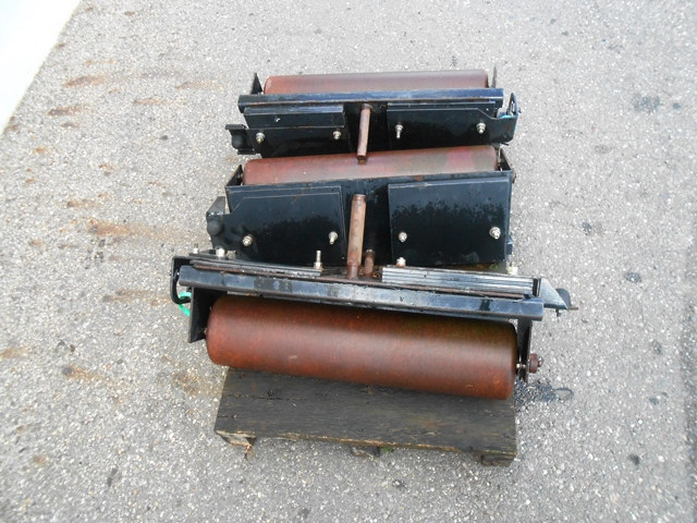 429838281-set-of-3-jacobsen-triplex-roll-1439822786-jpg